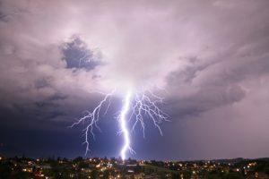 Gewitterschäden - was zahlt die Versicherung?